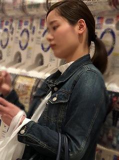 素人街撮り21 ポニーテールのお姉さん(姉妹)